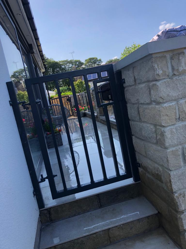 toughened glass balustrade and steel gate